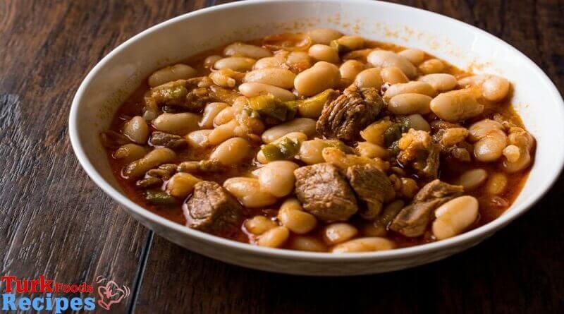 White bean stew with meat ( Etli Kuru Fasülye ) Recipe