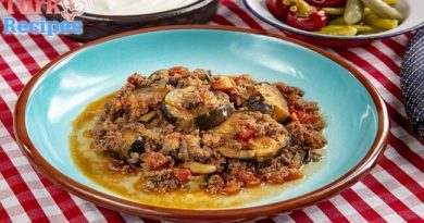 Eggplant Moussaka Recipe, How to make Eggplant Moussaka ? Turkish Food Recipes.