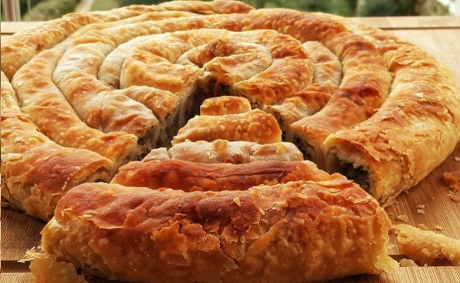 Dispersed in the mouth Sarıyer - Sarıyer Pastry