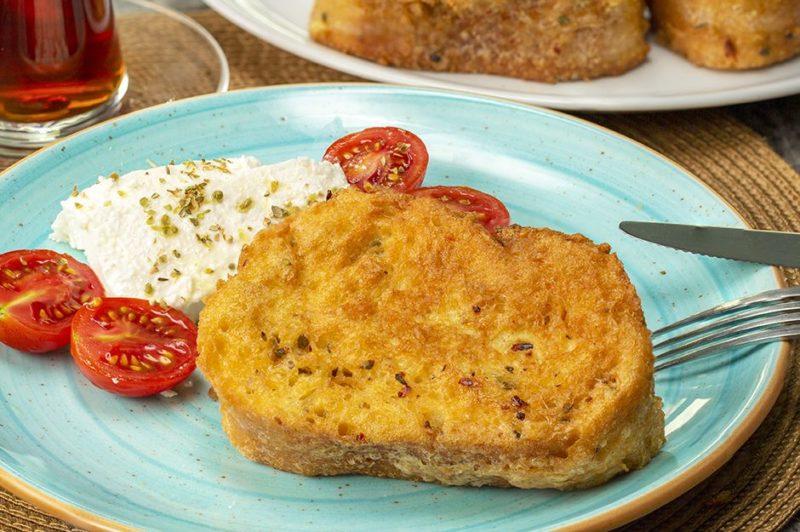 Egg Bread Recipe. 14 Delicious Egg Recipes. Practical  Egg Recipes for Breakfast. Turkish Breakfast.
