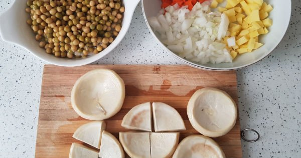 Peas with Artichoke Meal Recipe