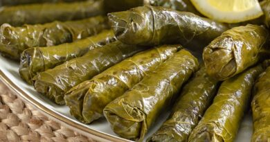 Stuffed Leaves with Olive Oil Recipe ( Turkish Sarma Recipe ), How to make Stuffed Leaves